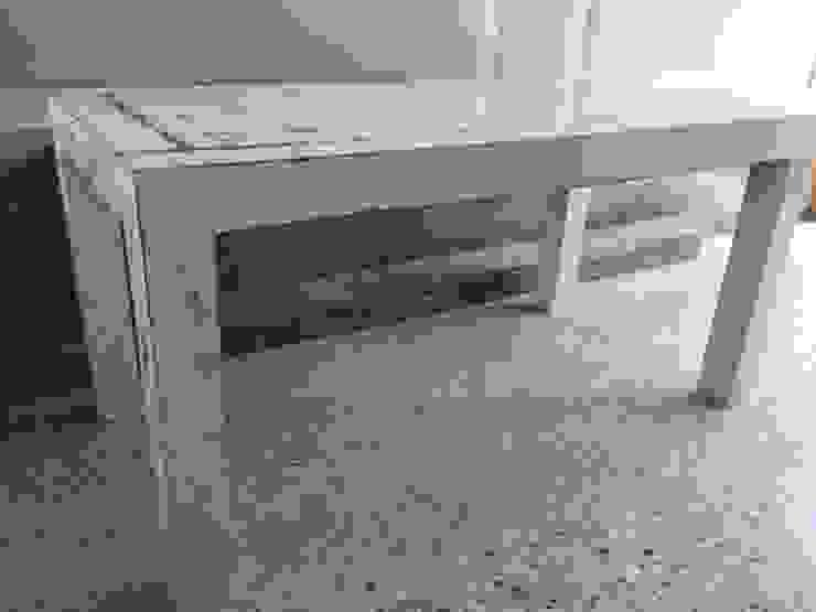 Mesa Decapada de ANADECO - Decoradora y Diseñadora de Interiores - La Plata Rústico