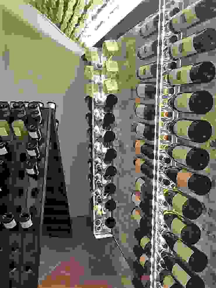 ShoWine Bodegas de vino de estilo rústico