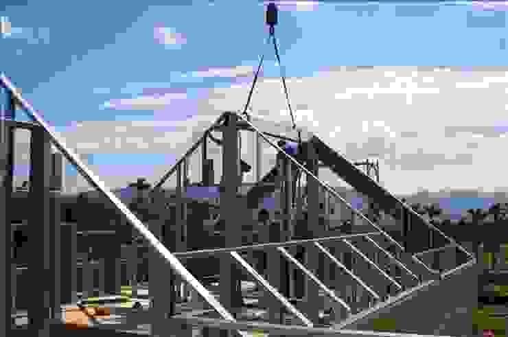 安居住宅有限公司:  tarz Beşik çatı, Asyatik