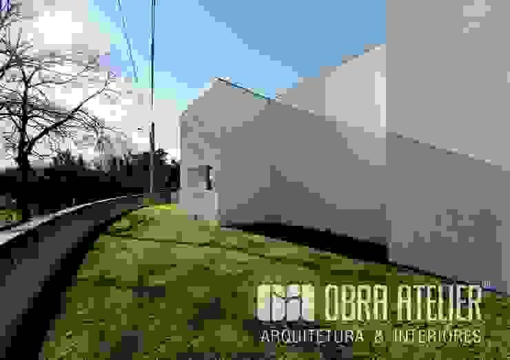 Lado exterior | Direito por OBRA ATELIER - Arquitetura & Interiores Campestre