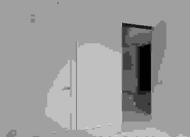 MG arquitectos Minimalist bedroom