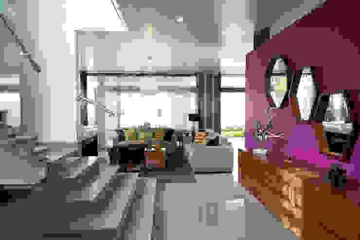 Modern Koridor, Hol & Merdivenler arketipo-taller de arquitectura Modern
