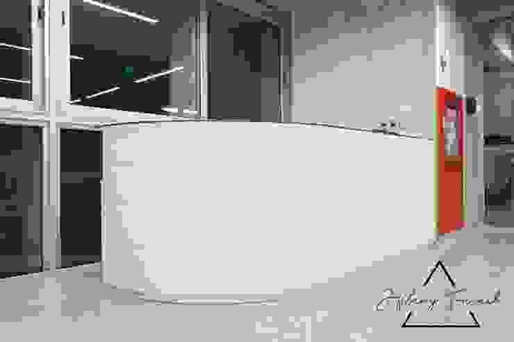 Proyecto Comercial – Biblioteca Universidad Utec de Farach Interior Design Minimalista Aglomerado