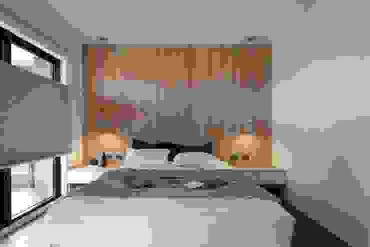 Phòng ngủ phong cách châu Á bởi 極簡室內設計 Simple Design Studio Châu Á
