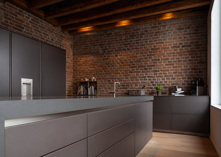 Modern kitchen by Sebastian Hopp PHOTOGRAPHY Modern