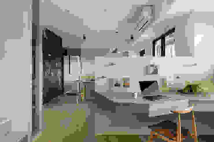 書房 根據 邑田空間設計 隨意取材風