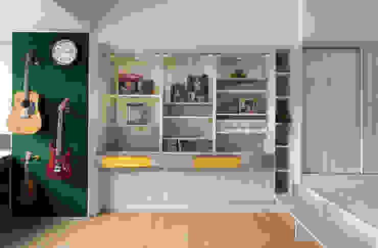 展示櫃、書櫃 根據 邑田空間設計 隨意取材風