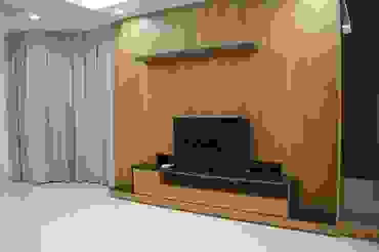 二樓客廳電視牆 houseda 客廳 木頭 Wood effect