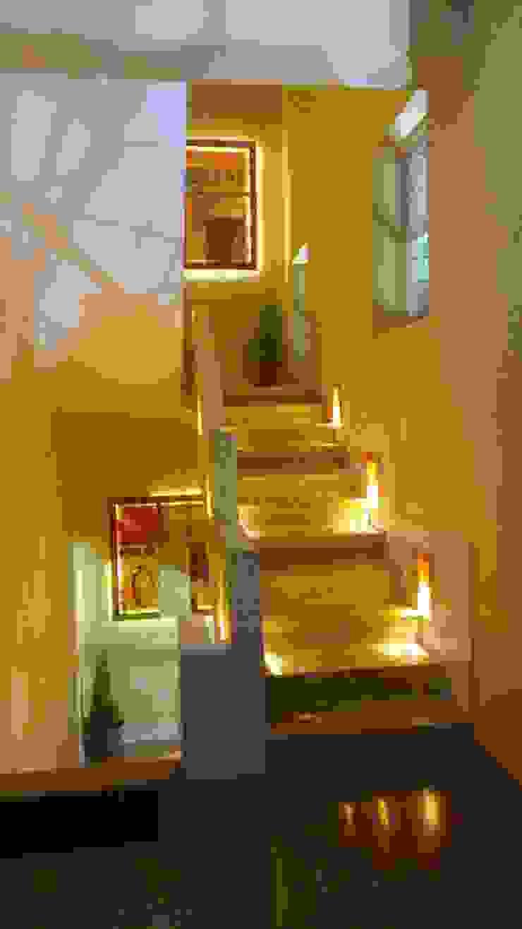 Designing project Honeybee Interior Designers Corridor, hallway & stairs Stairs