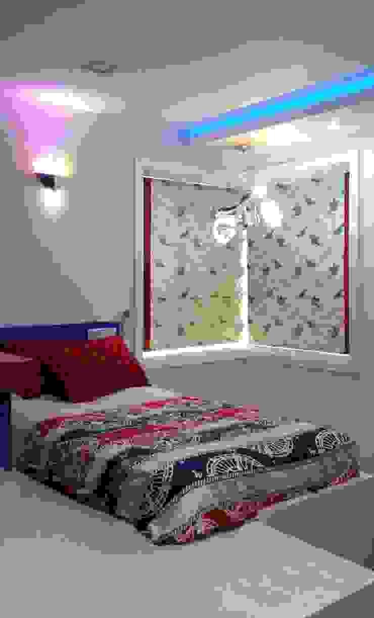 Honeybee Interior Designers Classic style bedroom