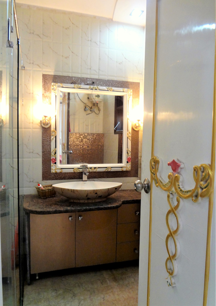 A Baroque Style Teen's Bedroom Classic style bathroom by Mehak Lochan Design Classic Tiles