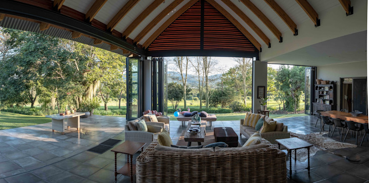 Verandah Extension Modern living room by ENDesigns Architectural Studio Modern