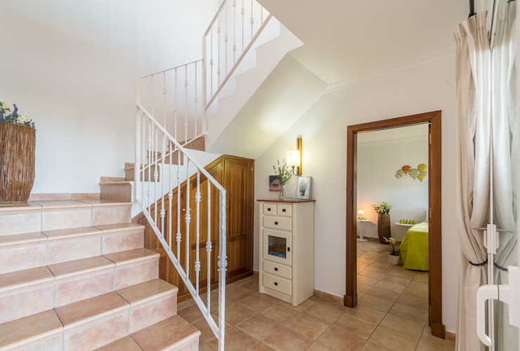 Home & Haus | Home Staging & Fotografía Stairs