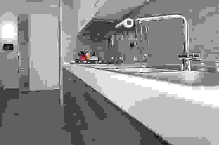 Studio di Architettura IATTONI Cocinas de estilo moderno
