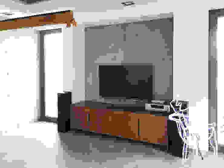 Płyty z betonu architektonicznego z odciskami kotew. od Artis Visio Minimalistyczny Beton