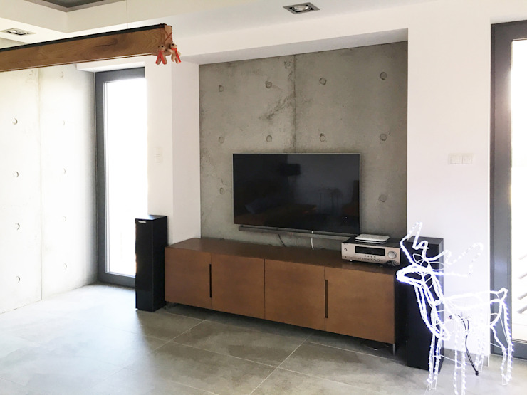 minimalist  by Artis Visio , Minimalist Concrete