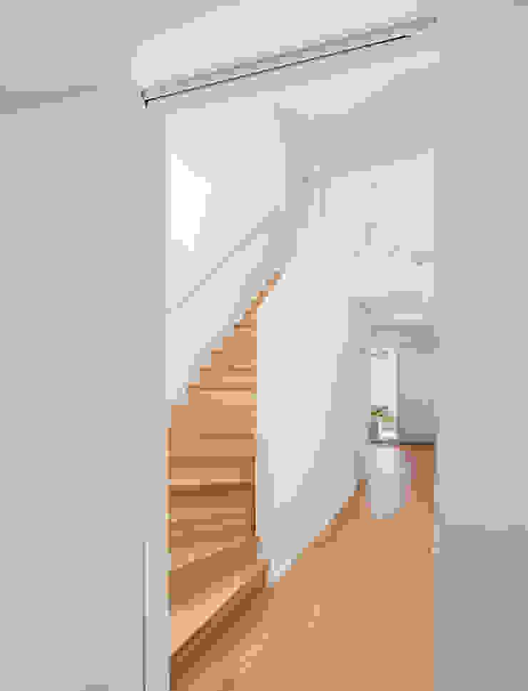 by Lennart Wiedemuth / Architekturfotografie Сучасний