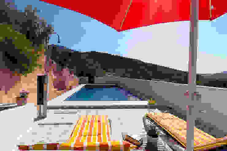 Piscina Home & Haus | Home Staging & Fotografía Piscinas de estilo rústico