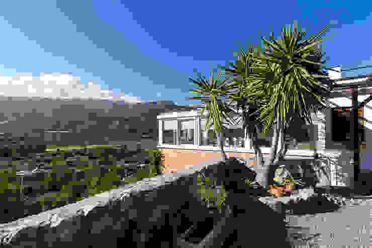 Fachada delantera Home & Haus | Home Staging & Fotografía Casas rurales