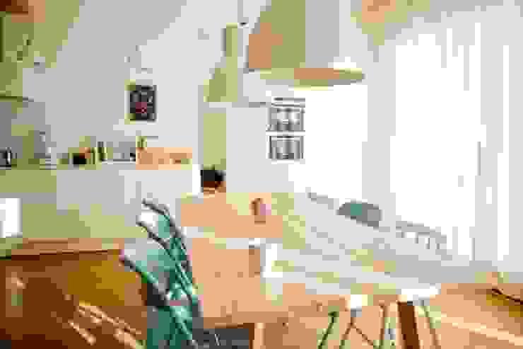 Majchrzak Pracownia Projektowa Built-in kitchens White