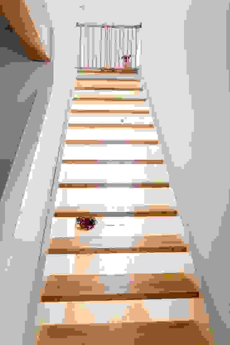 Majchrzak Pracownia Projektowa Stairs Wood White