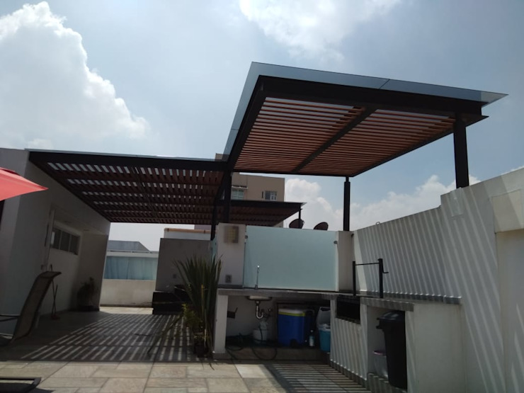 Pérgolas Col. del Valle : Terrazas de estilo  por Materia Viva S.A. de C.V.,