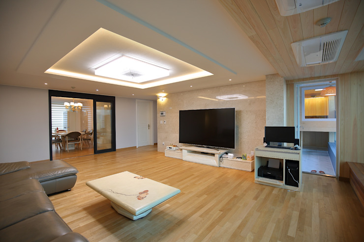 interior by INARK 서울 레이크팰리스 아파트 올리모델링 인아크 건축 설계 인테리어 디자인 미니멀리스트 거실 by inark [인아크 건축 설계 디자인] 미니멀