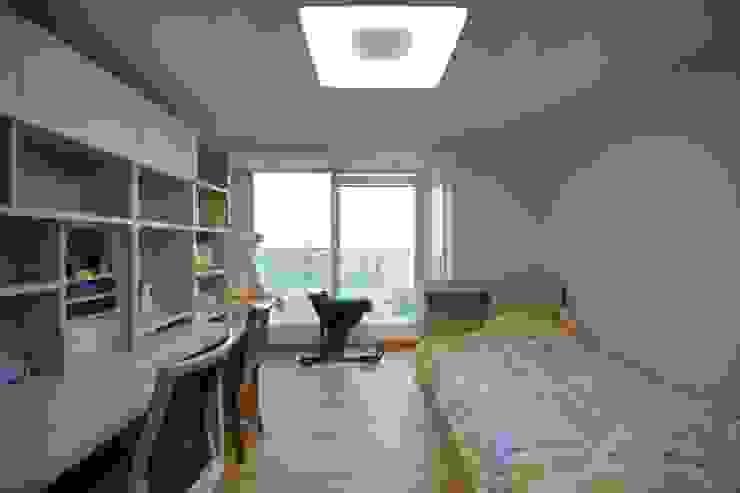 interior by INARK 서울 레이크팰리스 아파트 올리모델링 인아크 건축 설계 인테리어 디자인 미니멀리스트 미디어 룸 by inark [인아크 건축 설계 디자인] 미니멀