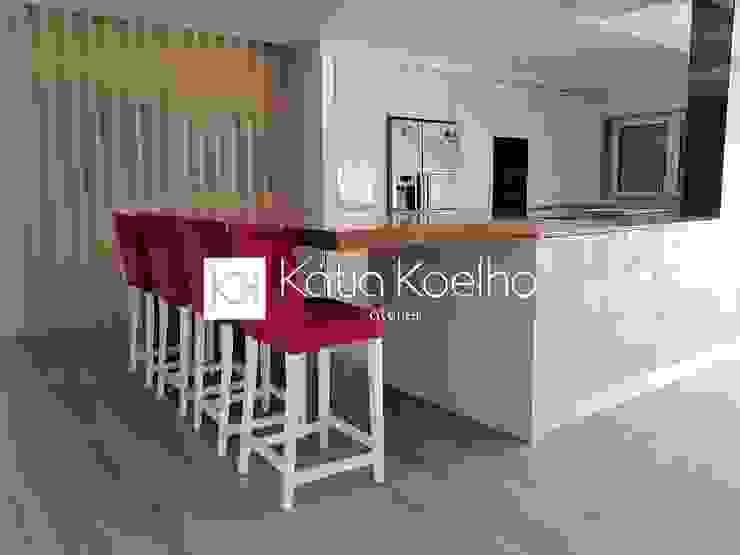 مطبخ تنفيذ Atelier Kátia Koelho
