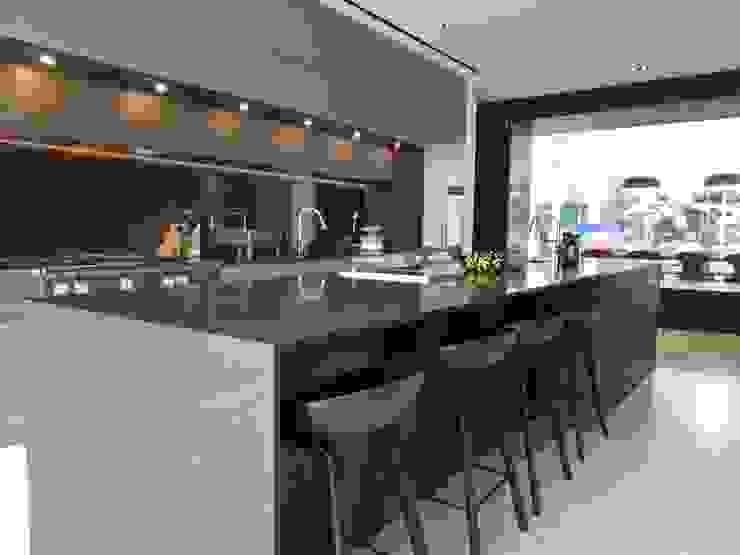 Modern Kitchen by Furnistyle Concept Modern