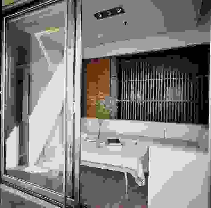 水岸長堤渡假宅– 劉公館 根據 京采空間設計 簡約風