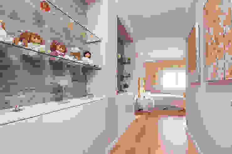 Atelier d'Maison Classic style bedroom