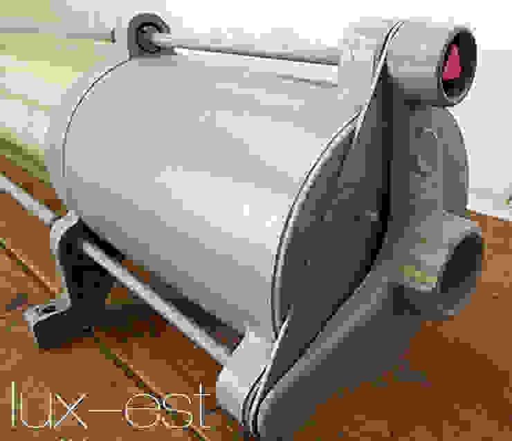 Lux-Est Negozi & Locali commerciali in stile industrial Alluminio / Zinco Blu