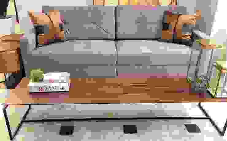 Sofá fixo com costuras diferentes! por Sgabello Interiores Moderno Algodão Vermelho