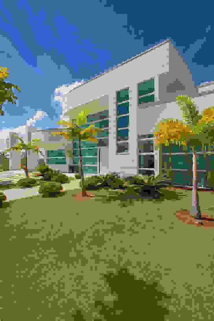 Casa Primavera Casas modernas por Arquiteto Aquiles Nícolas Kílaris Moderno