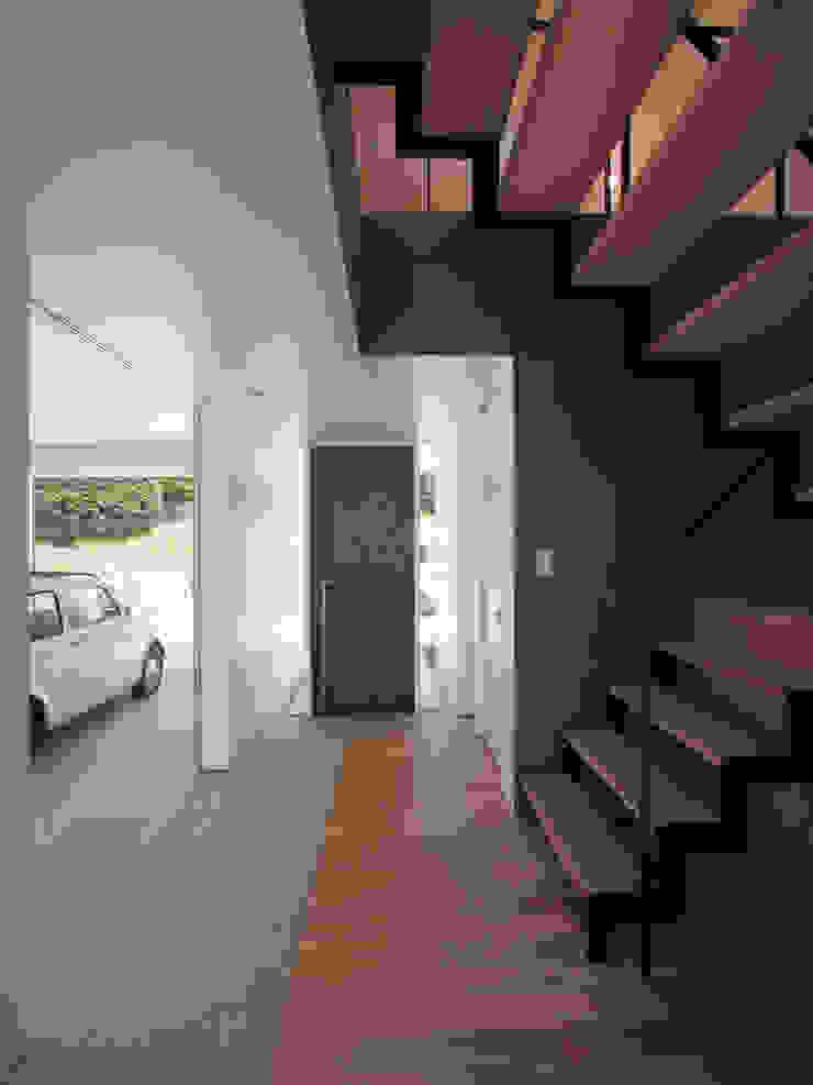 イシウエヨシヒロ建築設計事務所 YIA Prefabricated Garage