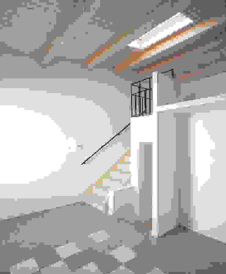 by AlbertBrito Arquitectura Mediterranean Engineered Wood Transparent