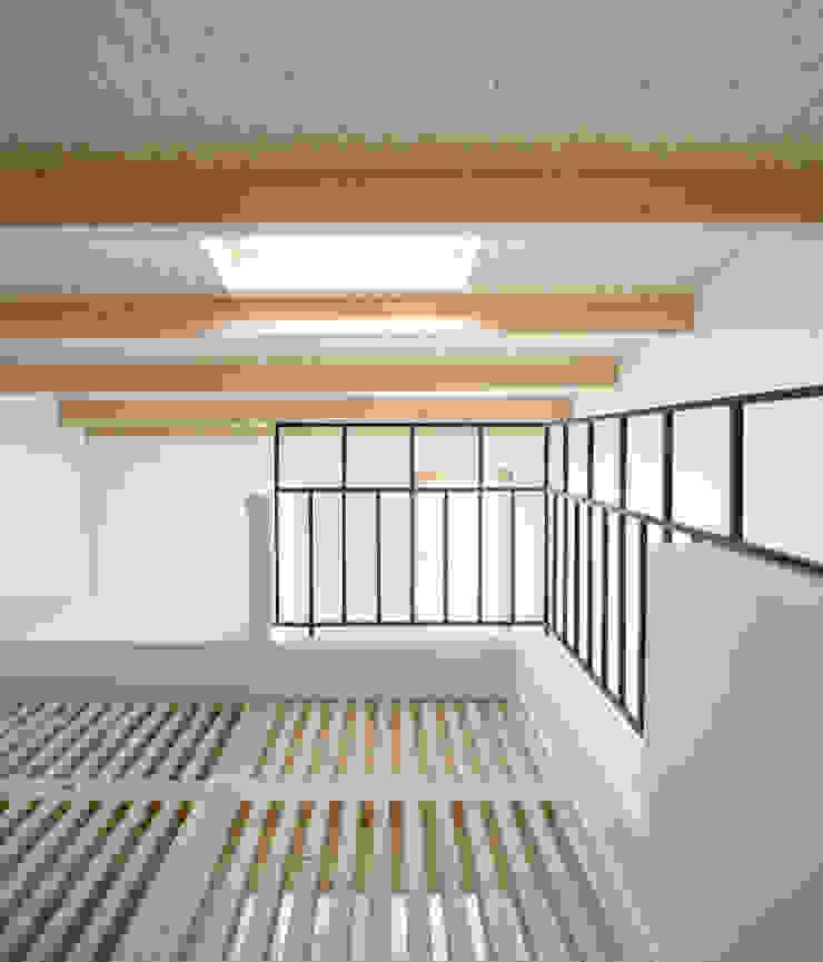 Mediterranean style study/office by AlbertBrito Arquitectura Mediterranean Wood Wood effect