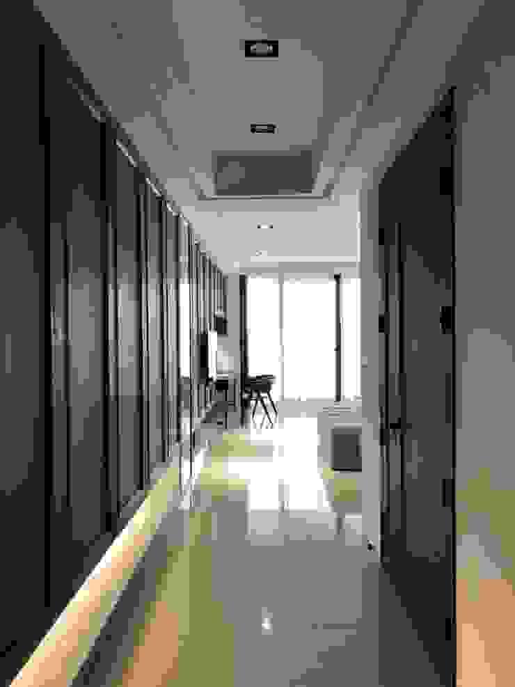 古典混搭現代風的二層獨棟別墅 根據 湘頡設計 現代風