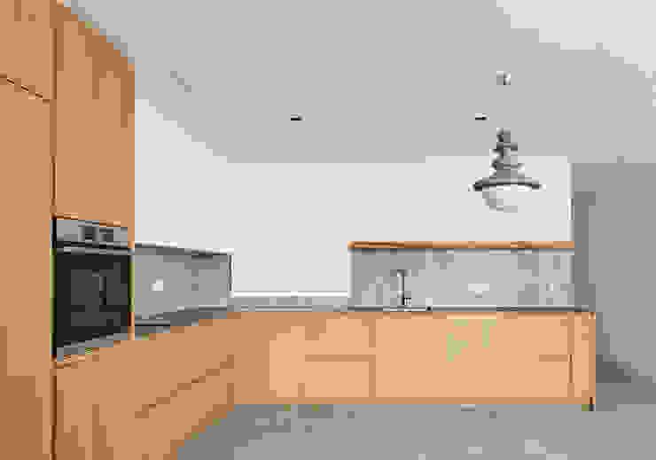 Cocinas integrales de estilo  por Luxiform Iluminación, Escandinavo