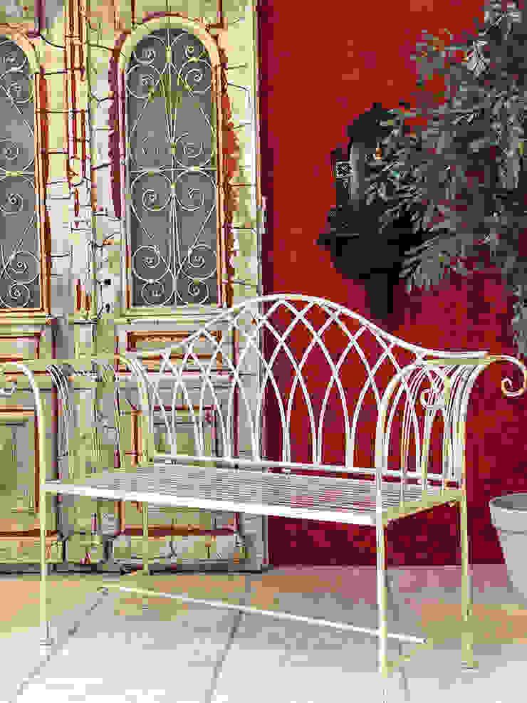 Anastasia Reicher Interior Design & Decoration in Wien オフィススペース&店 赤色