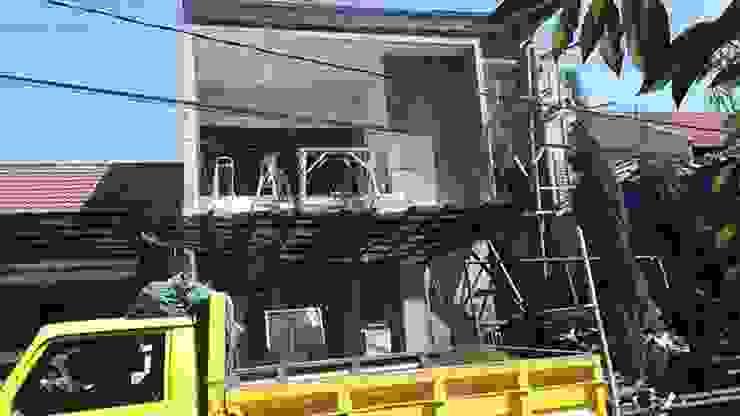 Fasad depan 3 Oleh Koloni Tri Arsitama