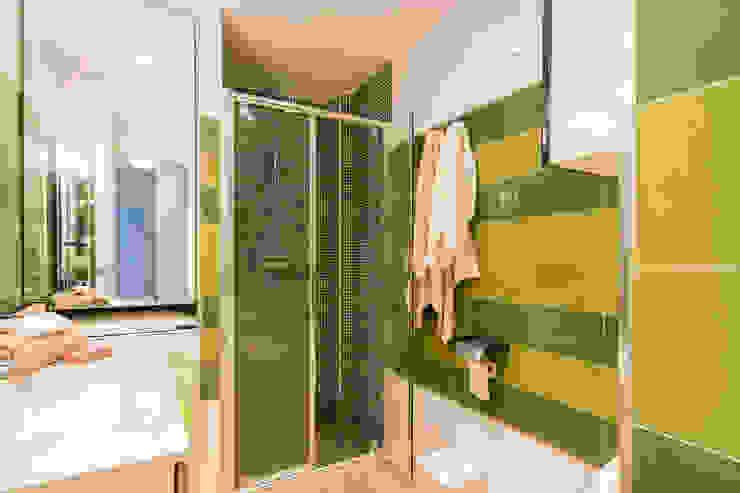 Mediterranean style bathroom by Home & Haus   Home Staging & Fotografía Mediterranean