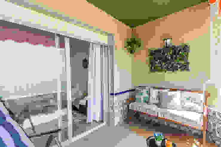 Mediterranean style balcony, veranda & terrace by Home & Haus   Home Staging & Fotografía Mediterranean