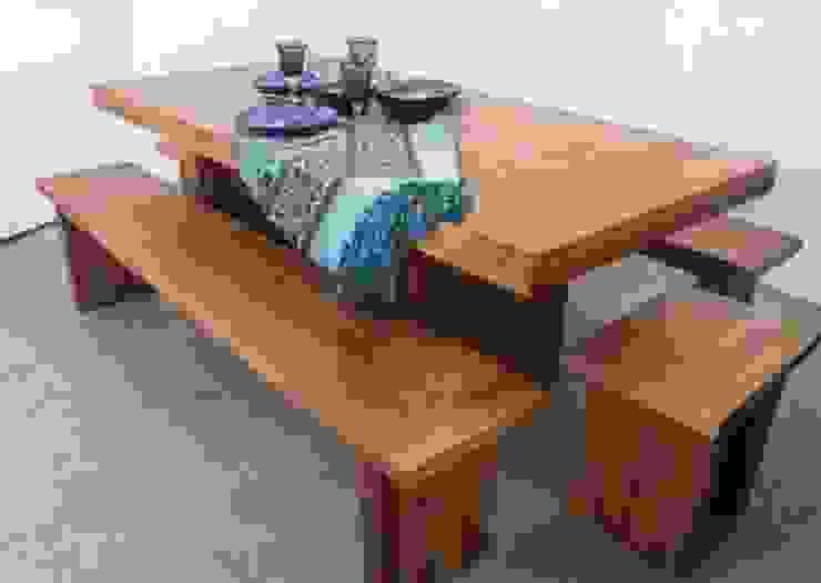 Mesa para terraza de Noble&Rustico Rústico Madera Acabado en madera