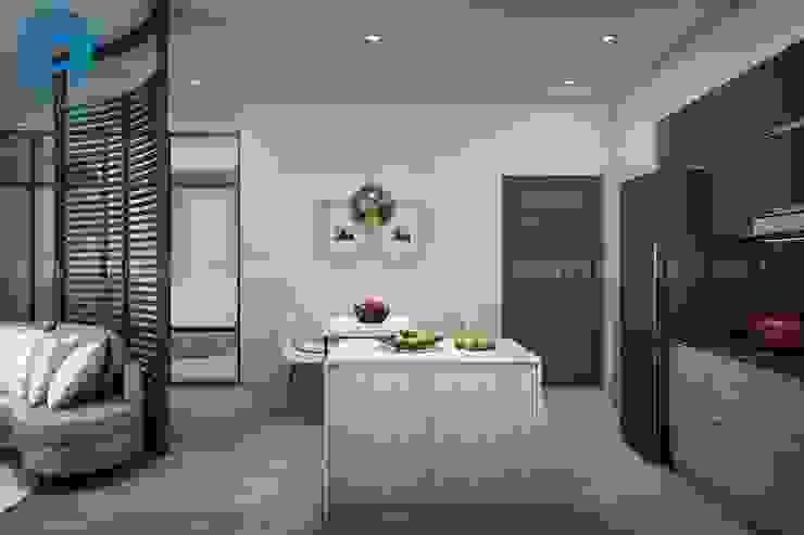 Phòng ăn và phòng bếp với diện tích nhỏ nhưng đầy đủ tiện nghi Phòng ăn phong cách hiện đại bởi Công ty TNHH Nội Thất Mạnh Hệ Hiện đại