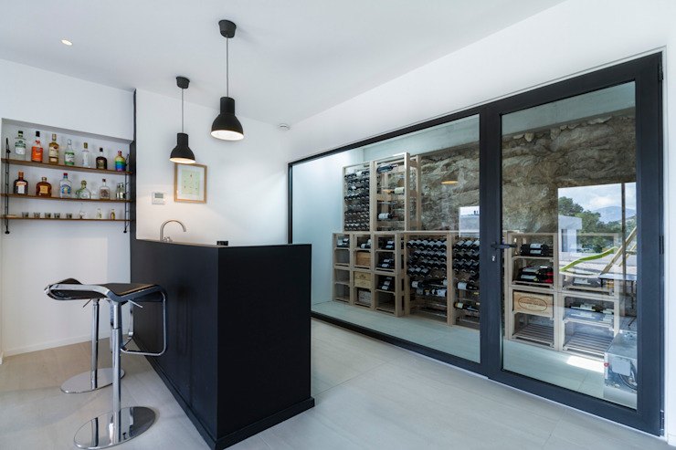 Modern wine cellar by Pixiflat Modern
