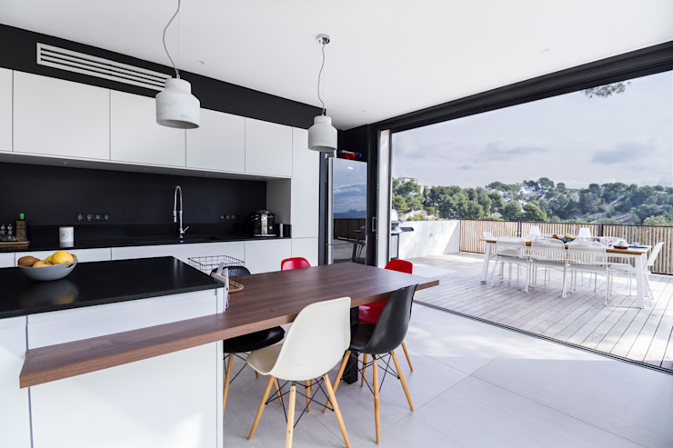Modern style kitchen by Pixiflat Modern