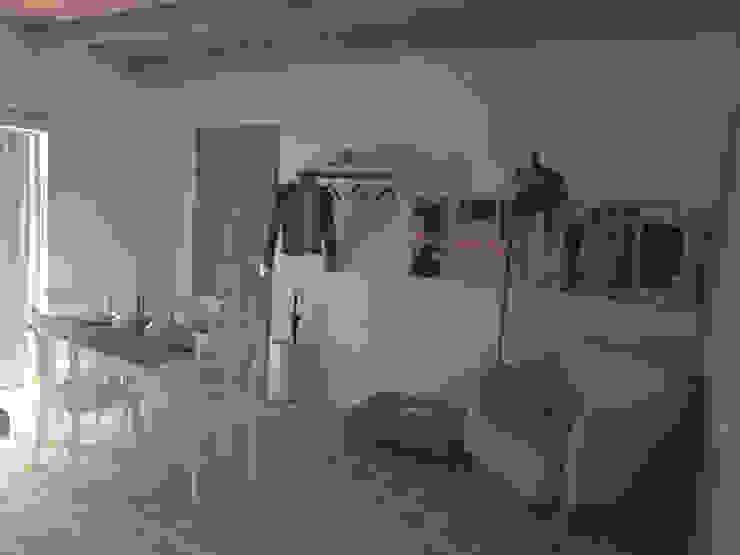 Livings de estilo de Ing. Massimiliano Lusetti Rural