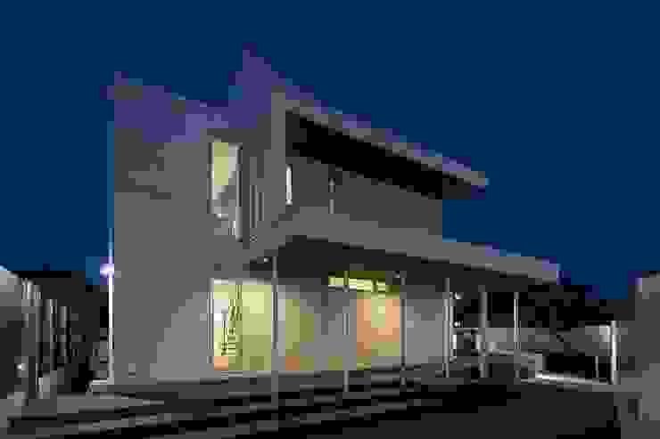 株式会社横山浩介建築設計事務所 Rumah Modern